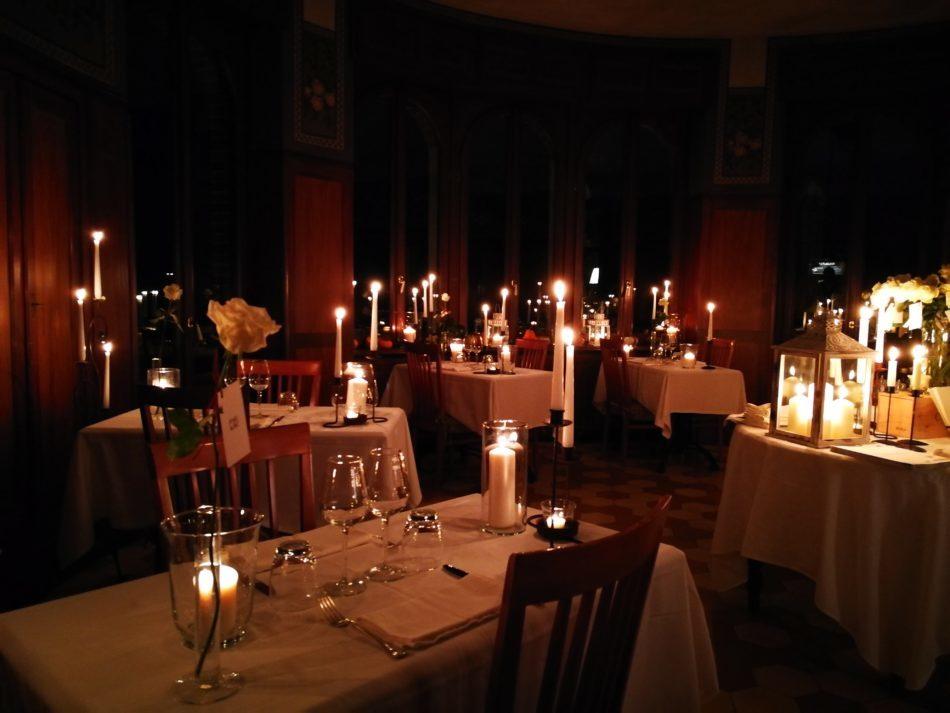Serata Romantica a Lume di Candela